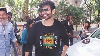 Kartik Aaryan's Sweet Gesture Towords Fan   Watch Video