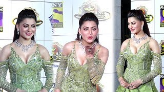 Urvashi Rautela Looks Super Hot In Green Gown At Umang 2020 Police Welfare Event