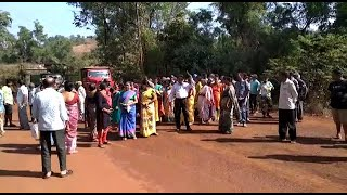 WATCH: Shirgao locals stop ore transportation, want water bills settled