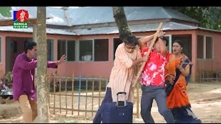 নিজের বউকে পেটাতে গিয়ে আরেকজনের মাথা ফাটিয়ে পালালেন আ খ ম  হাসান!! | Natok- Chatam Ghor