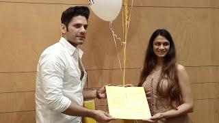 Sneak Peak Preview Of Sonali Gupta's Book 'Happitude' With Tanhaji Fame Actor Vipul Gupta
