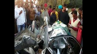 सैंट्रो कार पर गिरी सुपरफास्ट बस , कार चालक की मौत