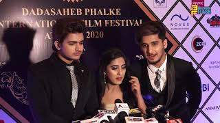 Teen Tigada Team At Dadasaheb Phalke International Awards 2020