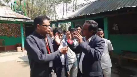 Khabar_Samay_Exclusive : एंबुलेंस दादा करीम उल हक के घर से....