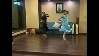 Janhvi Kapoor Amazing Dance Rehearsal On Piya Tohse Naina Laage