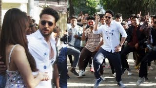 Tiger Shroff Dances On DUS BAHANE In Middle Of The Road | BAAGHI 3