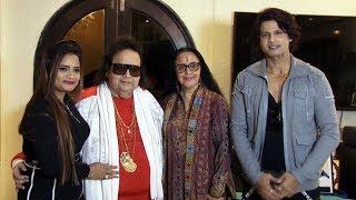 Shaan, Ila Arun, Bappi Lahiri, Manju Bharti & Mukesh Bharti At Pyar Mein Thoda Twist Song Recording