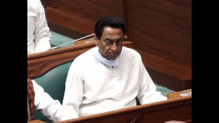 SC issues notice to Kamal Nath govt on Chouhan's plea for floor test