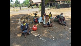 WATCH: No Food, No Water These Daily Wage Laborers Set To Go Walking To Hubli!