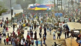 Police Ne Hataya Shaheen Bagh k Protestor's Ko