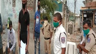 Balapur Police Don't Know The Rules Of Lockdown ?? | @ SACH NEWS |