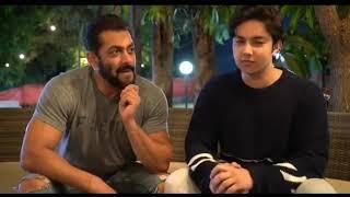 Salman Khan Emotional Breakdown - Mene Apne Papa Ko 3 Hafte se Nahi Dekha
