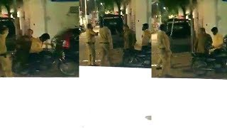 Police Ne AIMIM Numainda Corporator Ko Maara At Moghalpura Hyderabad | @ SACH NEWS |