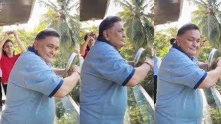 Rishi Kapoor Recent THALI VIDEO During Janta Curfew Goes Viral