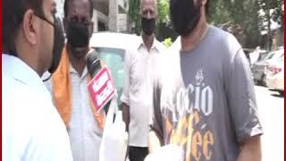 राजेंद्र नगर में UPSC परीक्षा की तैयारी कर रहे Students को खाना खिला रही NGO