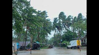 Cyclone Amphan makes landfall, batters Bengal, Odisha as 6.5 lakh evacuated; 2 dead