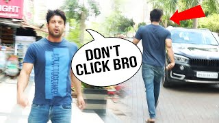Sidharth Shukla SPOTTED Outside ATM In Andheri, Media MOBS Him