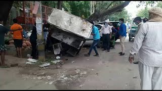 गोविंदपुरी : गुरु रविदास मार्ग पर MCD ने हटाया अतिक्रमण, दी वार्निंग