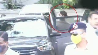 6 Ghante Ki Puchtach Ke Baad Deepika Padukone NCB Office Se Nikli, 200 Police The Tainat