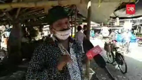 সরকারি আধিকারিকরা অভিযান করেছেন বিভিন্ন বাজারে । কিন্তু দ্রব্যমূল্য কমার বদলে বেড়েছে দ্বিগুণ