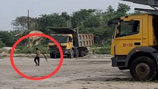 खदान में दिनदहाड़े हो रही मशीनों के कीमती पार्ट्स व लोहों की चोरी, असुरक्षित महसूस कर रहे कोयला कर्मी