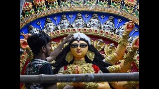 Durga Puja: Calcutta HC issues guidelines, maintains 'no entry for visitors in pandals' order