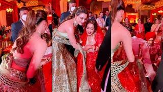 Neha Kakkar Aur Rohanpreet Ke Shadi Me Shamil Hui Urvashi Rautela