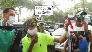 Bobby Deol Very Humble Moment With Fans At Bandra