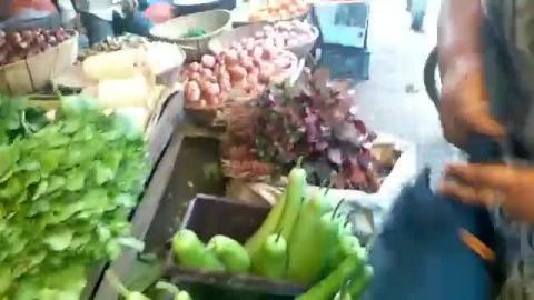 आसमान छूते सब्जियों के दाम?
