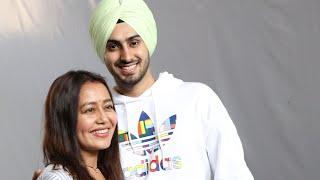 Shadi Ke Baad Mumbai Pahuche Neha Kakkar Aur Rohanpreet Singh (Video)