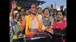 Bihar Election Results: With NDA leading, BJP supporters start celebration in Patna