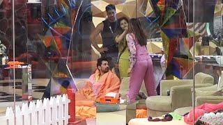 Bigg Boss 14 Live Feed: Abhinav Rubina Darwaza Rok Kar Baith Gaye, Nikki Aur Rubina Me Jhagda