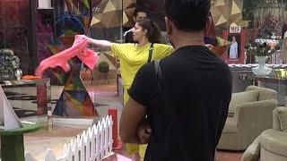 Bigg Boss 14: Nikki Ke Karan Hui Rubina-Jasmin Me Jhadap, Batwara Task Se Bawal
