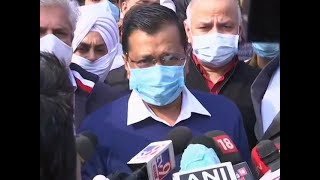 Farmers stir: Kejriwal visits Singhu border, says Centre had planned to put farmers in stadium jails