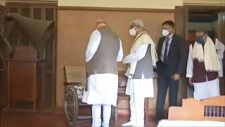 Shri Amit Shah pays floral tributes to Gurudev Rabindranath Tagore at Rabindra Bhawan, Shantiniketan
