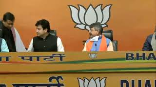 An Eminent personality joins BJP at party headquarters in New Delhi. #JoinBJP