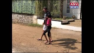KUNAL KOHLI WITH DAUGHTER OUTSIDE
