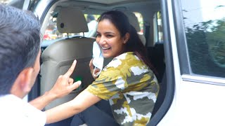 Exclusive Jasmin Bhasin Spotted At Lokhandwala | Bigg Boss 14