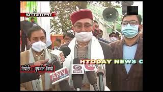 26 jan 15 धर्मशाला में गणतन्त्र दिवस पर  हिमाचल विधानसभा अध्यक्ष ने फहराया तिरंगा