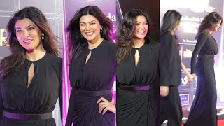 Ageless Beauty Sushmita Sen looks absolutely Stunning Age 45 Showing Her Perfect Body At Award Show