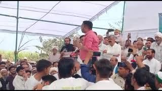 ABP News reporter Rakshit Singh Resin किसानों के मंच पर नौकरी छोड़ने की घोषणा