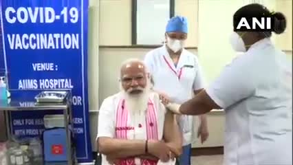 Prime Minister Narendra Modi took his first dose of the #COVID19 vaccine