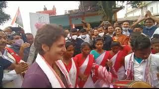 Smt. Priyanka Gandhi participates in 'Jhumur' dance alongside sisters & brothers of the tea tribes