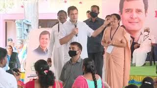 Shri Rahul Gandhi interacts with students at St. Joseph's Matric Hr. Sec. School in Tamil Nadu