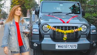 Aarti Singh Snapped With New Car Spotted At Lokhandwala