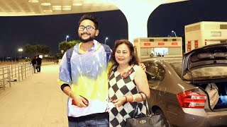 Jaan Kumar Sanu With Mom Spotted At Airport Departure