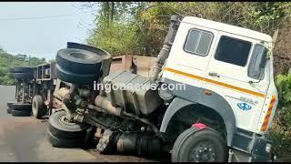 #Accident   Container truck loses control, overturns at Porvorim-Mapusa highway