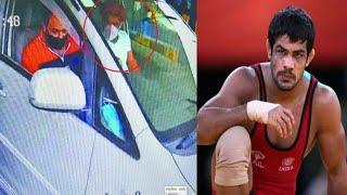 Sagar Dhankar Ki Hathiya Ke Bad Sushil Kumar Ka CCTV Footage | Desh Ki Rajdhani Se Khaas Khabrain |