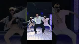 Kartik Aaryan Super Fire Dance on Allu Arjun Butta Bomma Song #Shorts