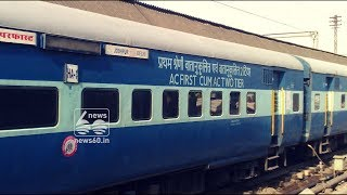 Indian Railways suffers losses as passengers steal towels, bedsheets, blankets from trains